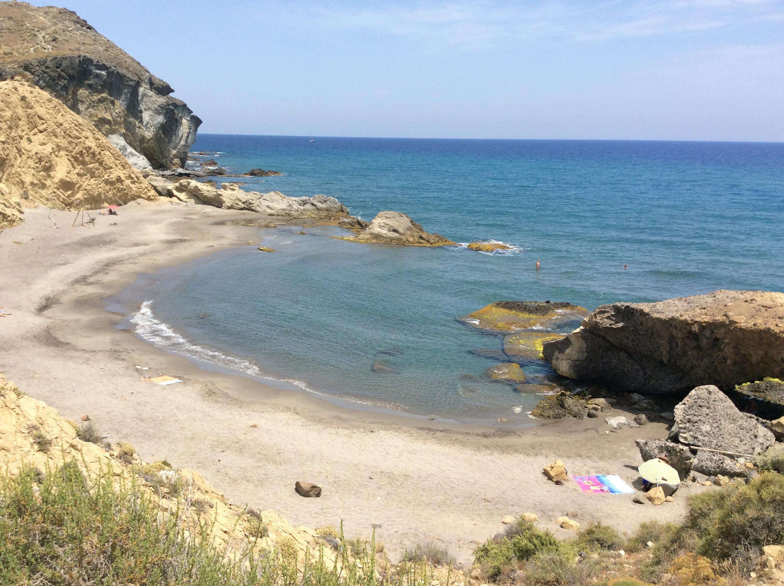 natural strippers pequeño cerca de Almería